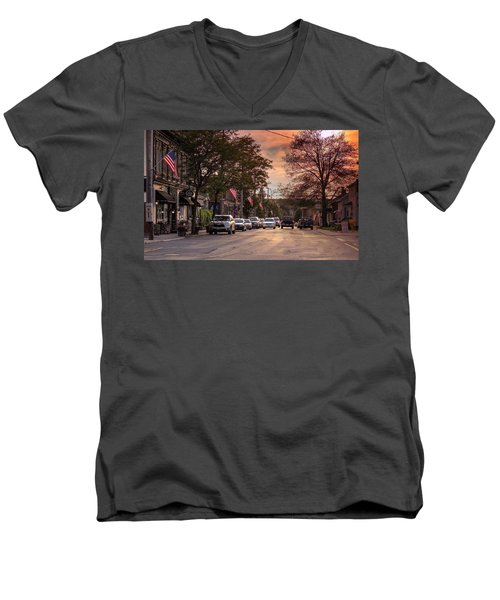 Men's V-Neck T-Shirt featuring the photograph Cottage Street Evening Sunset by Sven Kielhorn