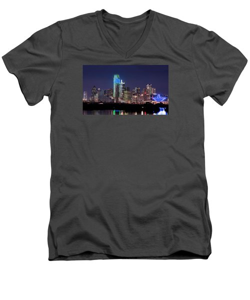 Dallas Skyline Cowboys Men's V-Neck T-Shirt