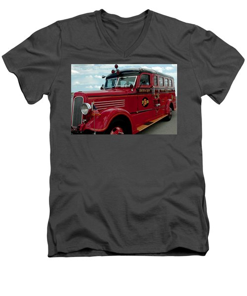 Detroit Fire Truck Men's V-Neck T-Shirt