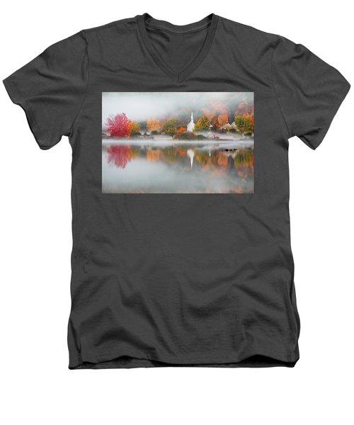 Eaton, Nh Men's V-Neck T-Shirt