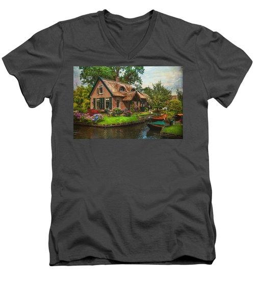 Fairytale House. Giethoorn. Venice Of The North Men's V-Neck T-Shirt