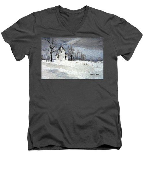 Farmhouse In Winter Men's V-Neck T-Shirt