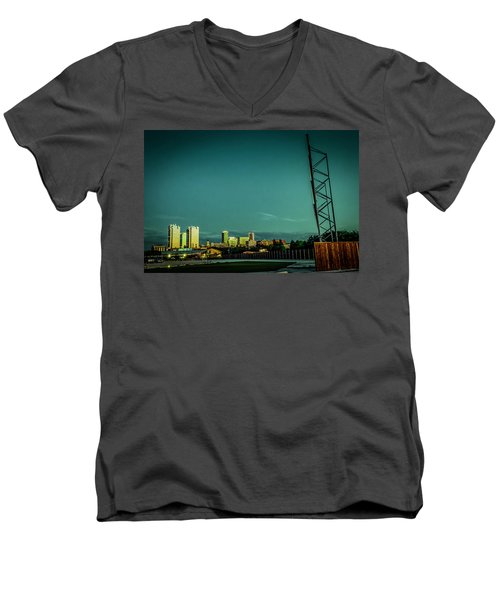 Fortworth Texas Cityscape Men's V-Neck T-Shirt