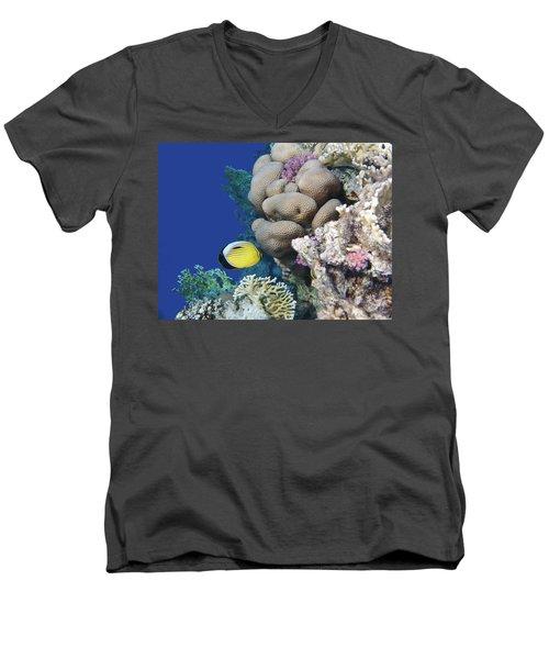 Glorious Red Sea World 3 Men's V-Neck T-Shirt