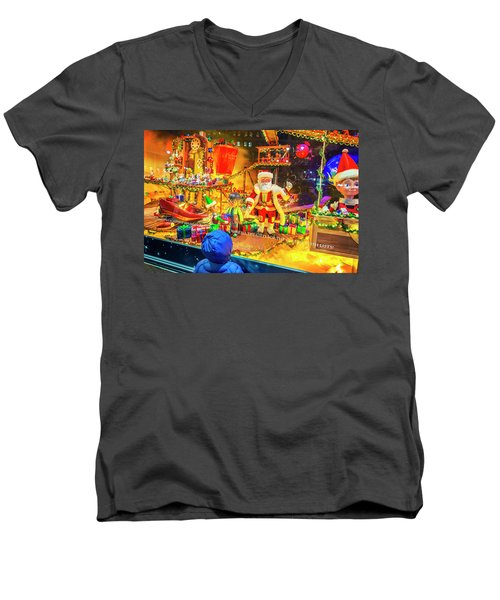 Holiday Widow Display In New York Men's V-Neck T-Shirt