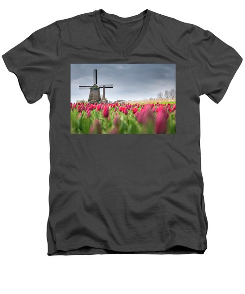 Holland Windmill Men's V-Neck T-Shirt