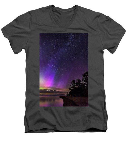Lake Winnipesaukee Aurora Borealis Men's V-Neck T-Shirt
