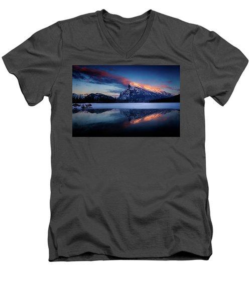 Last Light On Mount Rundle Men's V-Neck T-Shirt