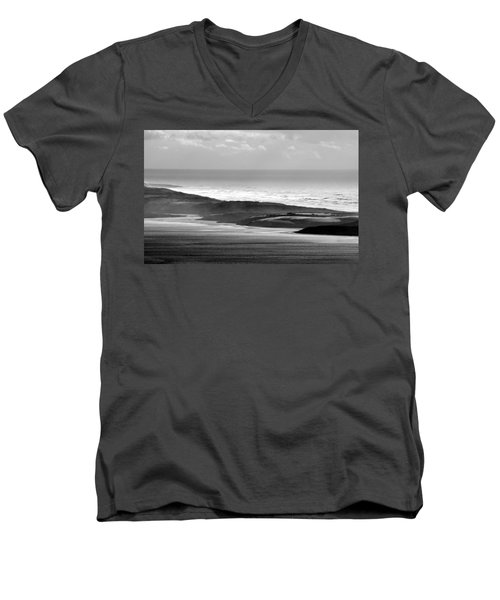 Light On The Dunes Men's V-Neck T-Shirt