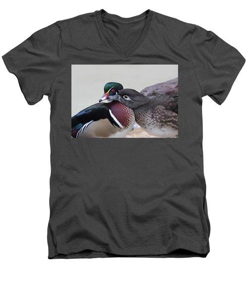 Love Ducks Men's V-Neck T-Shirt