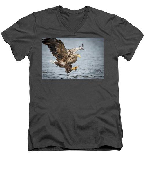 Male White-tailed Eagle Men's V-Neck T-Shirt