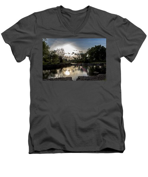 Midwest Sunset Men's V-Neck T-Shirt