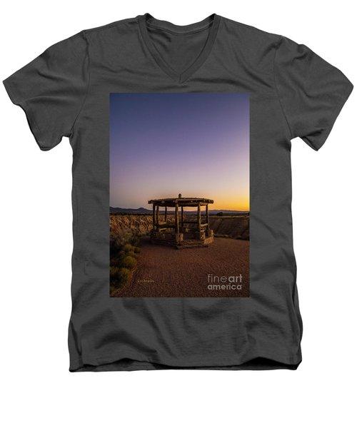 Cathedral Gorge Gazebo Men's V-Neck T-Shirt