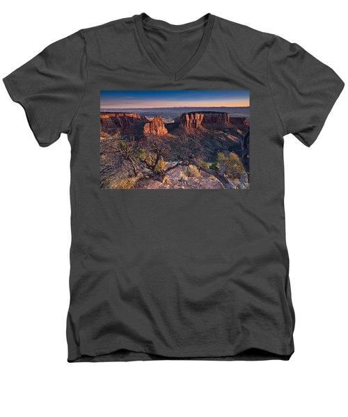 Morning At Colorado National Monument Men's V-Neck T-Shirt