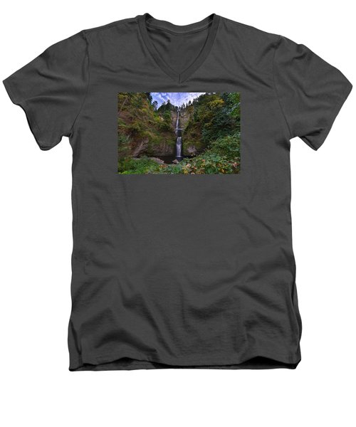 Multnomah Falls Men's V-Neck T-Shirt