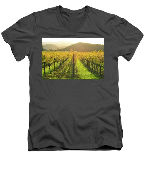 Napa Valley California Vineyard In The Fall Men's V-Neck T-Shirt