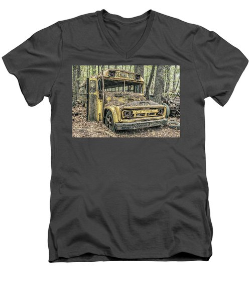 Old School Bus Men's V-Neck T-Shirt