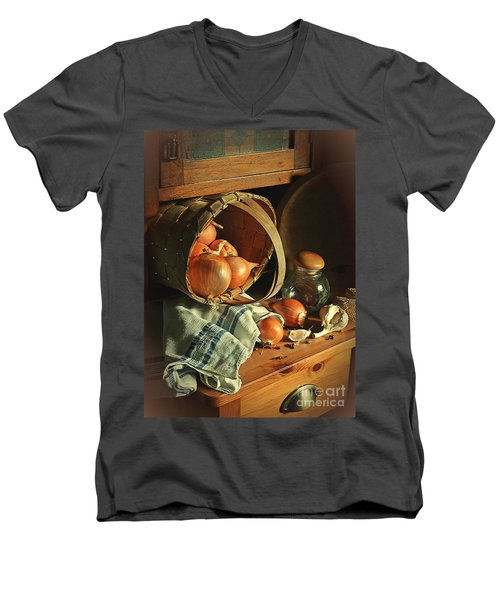 Onionart Men's V-Neck T-Shirt
