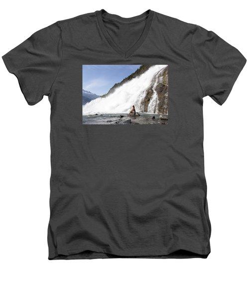 Power Of Love Men's V-Neck T-Shirt