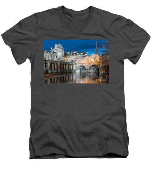 Pulteney Bridge, Bath Men's V-Neck T-Shirt by Colin Rayner