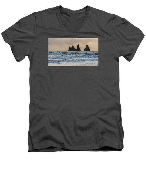 Reynisdrangar Men's V-Neck T-Shirt