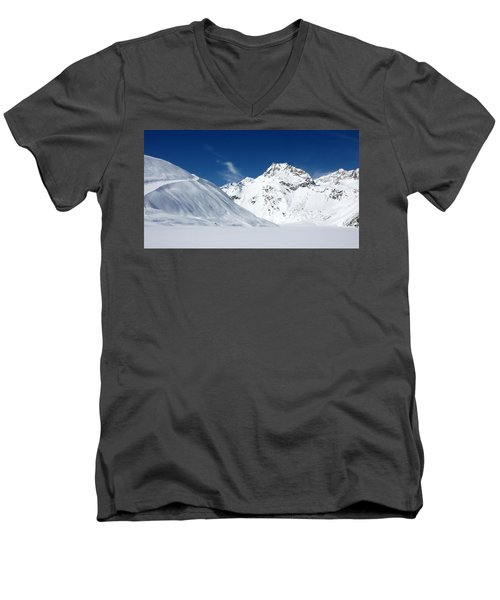 Men's V-Neck T-Shirt featuring the photograph Rifflsee by Christian Zesewitz