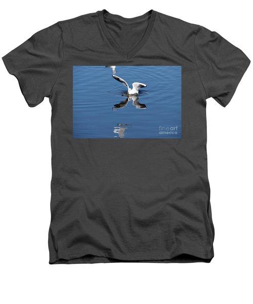 Seagull Fishing Men's V-Neck T-Shirt
