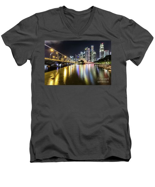 Singapore River At Night With Financial District In Singapore Men's V-Neck T-Shirt