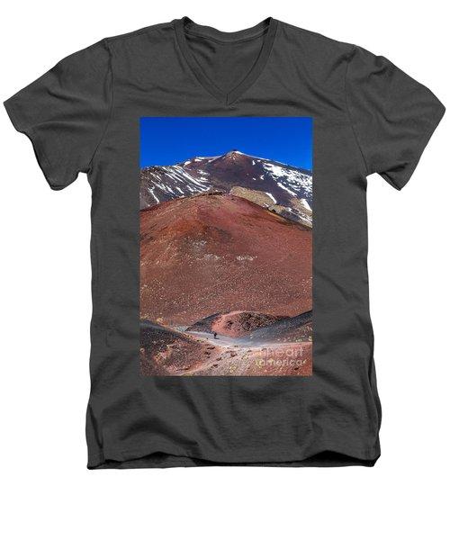 Size Matters Men's V-Neck T-Shirt