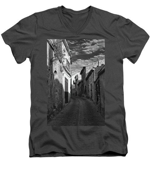 Street Little Town Men's V-Neck T-Shirt