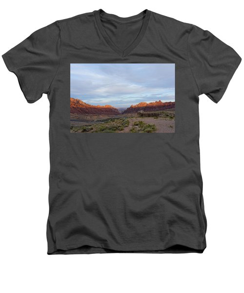 The Castles Near Green River Utah Men's V-Neck T-Shirt