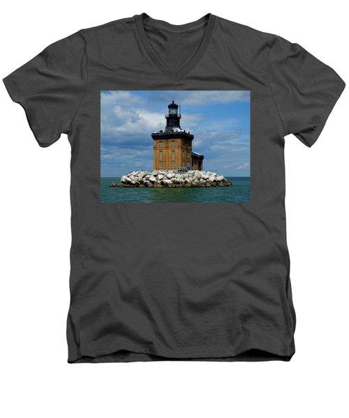 Toledo Harbor Lighthouse Men's V-Neck T-Shirt