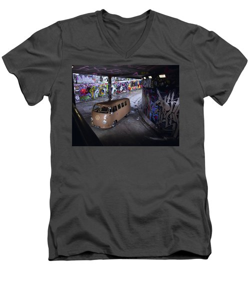 Volkswagen Microbus Men's V-Neck T-Shirt