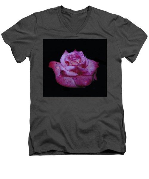 Watered Red Rose Men's V-Neck T-Shirt