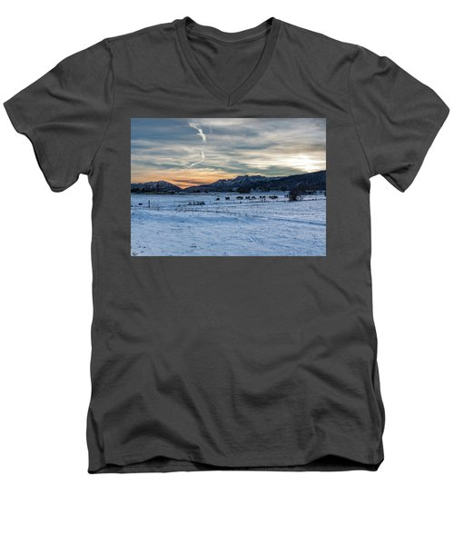 Winter Range Men's V-Neck T-Shirt