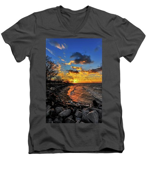 Winter Sunset On A Chesapeake Bay Beach Men's V-Neck T-Shirt