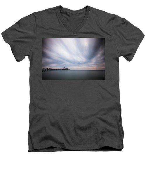 10 Minute Exposure Of Eastbourne Pier Men's V-Neck T-Shirt