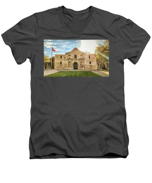 10862 The Alamo Men's V-Neck T-Shirt