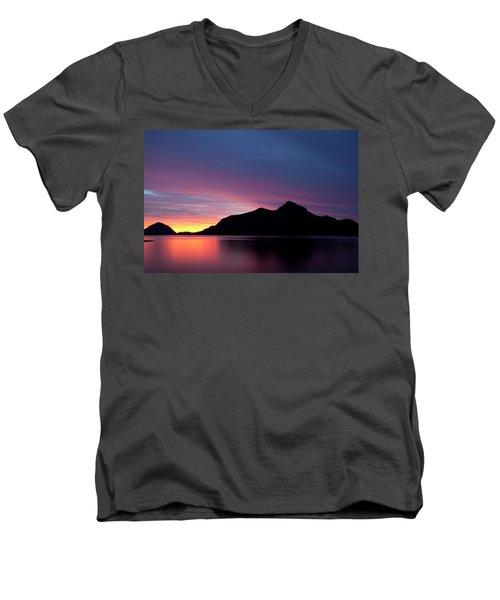 1.1.11  Men's V-Neck T-Shirt