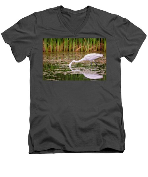White, Great Egret Men's V-Neck T-Shirt