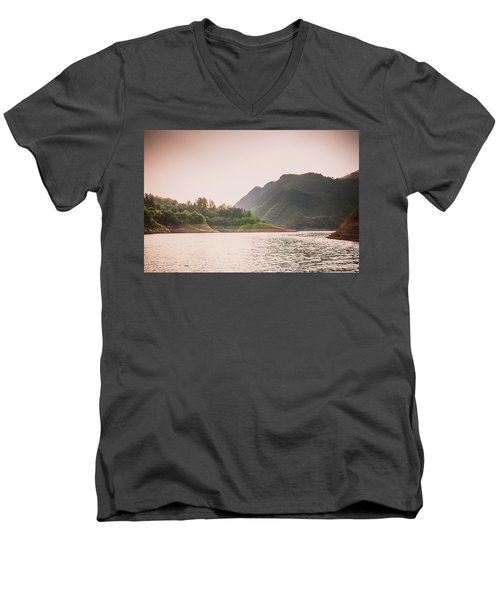 The Mountains And Lake Scenery In Sunset Men's V-Neck T-Shirt
