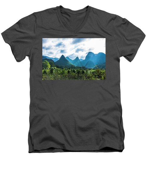 Countryside Scenery In Autumn Men's V-Neck T-Shirt