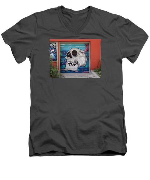 Kc Graffiti Men's V-Neck T-Shirt