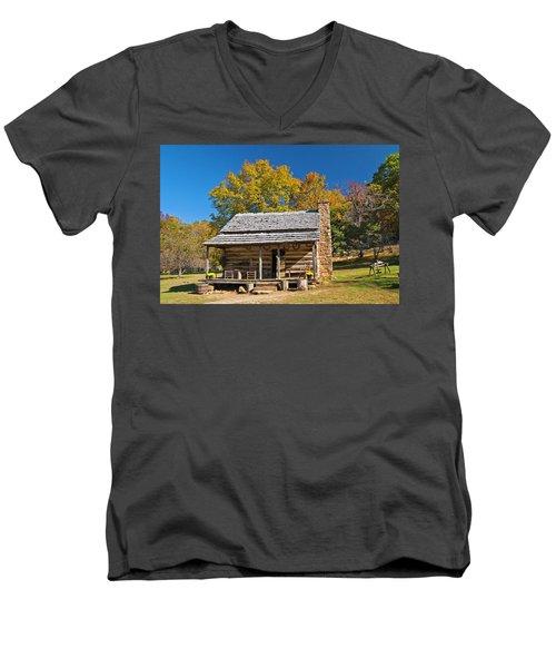1890's Farm Cabin Men's V-Neck T-Shirt