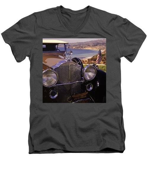 1932 Packard Phaeton Men's V-Neck T-Shirt