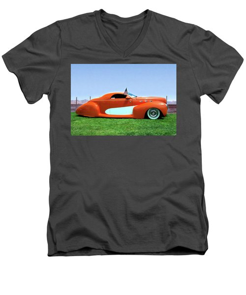 1939 Lincoln Zephyr Coupe Men's V-Neck T-Shirt