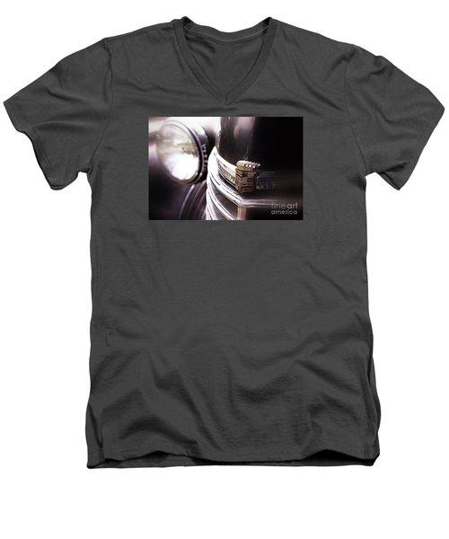 1940s Caddie Retro Feel Men's V-Neck T-Shirt