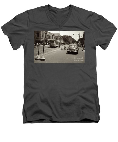 1940's Inwood Trolley Men's V-Neck T-Shirt by Cole Thompson