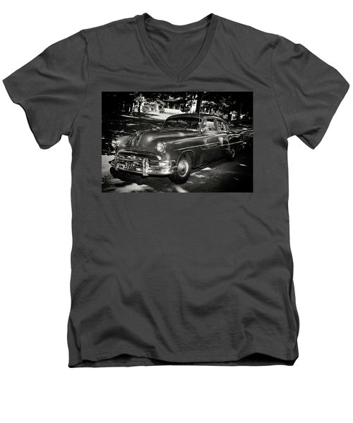 1940s Police Car Men's V-Neck T-Shirt
