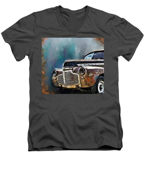 1941 Chevy Men's V-Neck T-Shirt